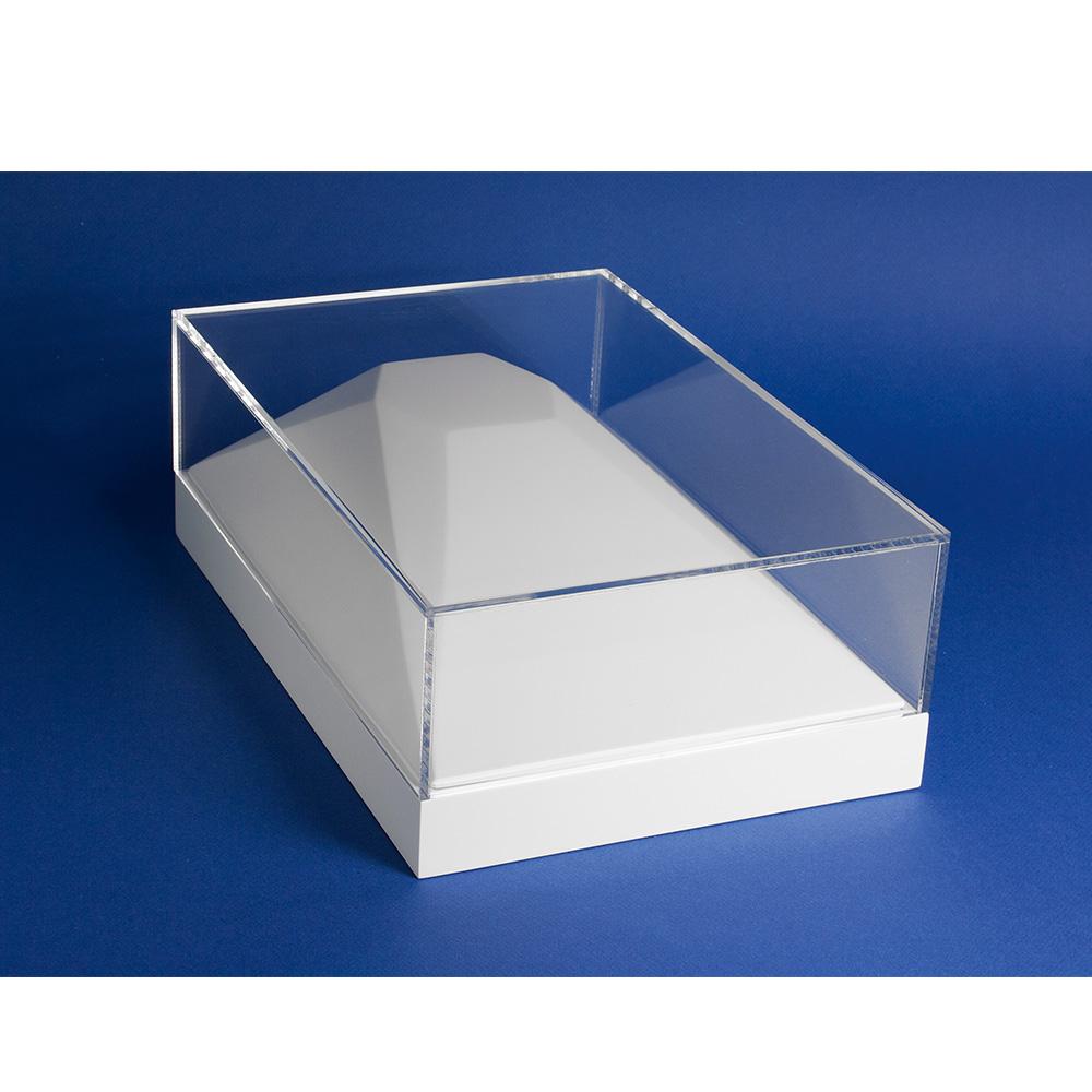 plateau vitrine pour collier en r sine et bois peint laval europe. Black Bedroom Furniture Sets. Home Design Ideas