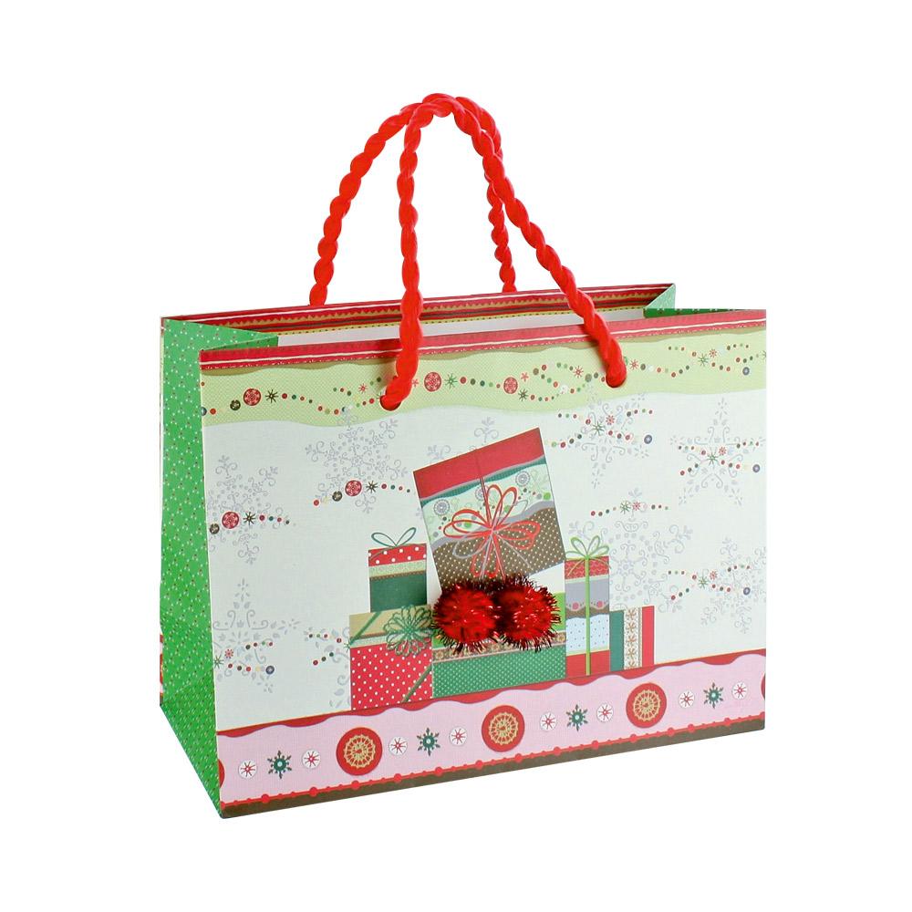 sacs papier mat cadeaux de no l avec 2 pompons laval europe. Black Bedroom Furniture Sets. Home Design Ideas