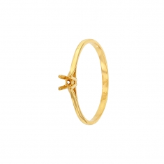 18ct gold ring mount with 4 claw centre setting 2.7 to 3.1mm