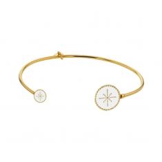 White star enamel end discs on a gold-coloured sterling silver bangle