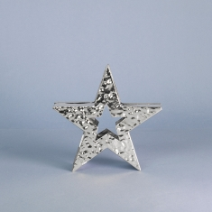 Shiny hammered finish standing star 15cm